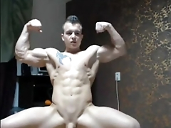 sexy musclehunk jerking off