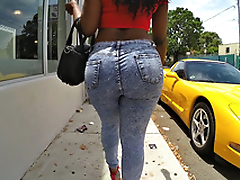 Diamond Monroe walking outdoor and shaking their way enormous ass