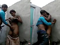 Desi Bihari Girl Pussy Fingering and hard Fucked By Lover