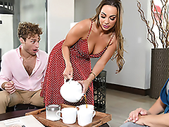 Abigail Mac finds the opportunity surrounding enjoy XXX fun even in stepmom's house