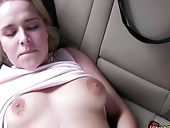 Comme ci cutie Nikky Dream gets her pussy fucked in the car